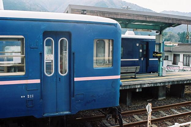 樽見鉄道 1000形と14系