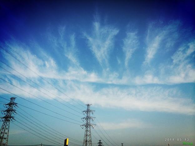 17:30の五月晴れと雲に
