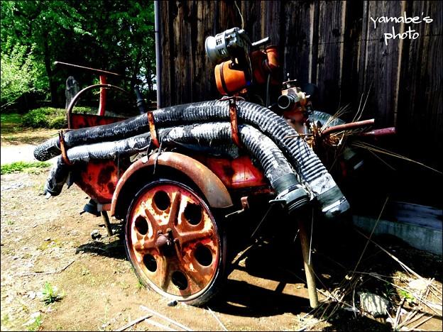 手引き消防ポンプ車