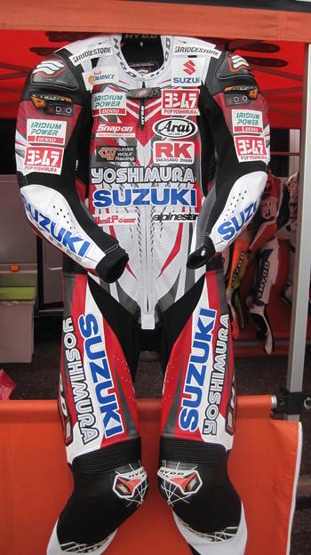 27 2013 12 津田 拓也 ヨシムラスズキレーシングチーム GSX_R1000 IMG_2223