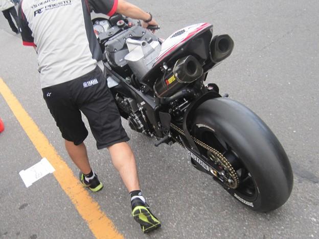 07 2013 1 中須賀克行 Katsuyuki Nakasuga ヤマハYSPレーシングチーム YZF-R1 全日本ロードレース JSB1000 IMG_1928