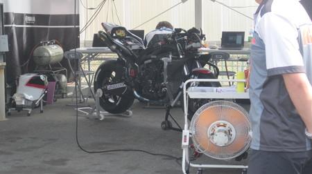 18 2013 1 中須賀克行 Katsuyuki Nakasuga ヤマハYSPレーシングチーム YZF-R1 全日本ロードレース JSB1000 IMG_1873