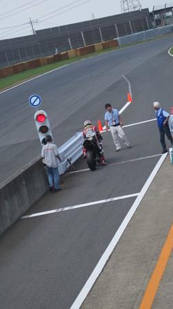 36 2013 1 中須賀克行 Katsuyuki Nakasuga ヤマハYSPレーシングチーム YZF-R1 IMG_1191