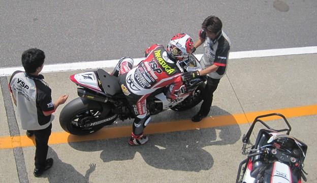 39 2013 1 中須賀克行 Katsuyuki Nakasuga ヤマハYSPレーシングチーム YZF-R1 IMG_1207