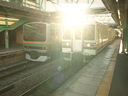 E231系と107系(高崎駅)
