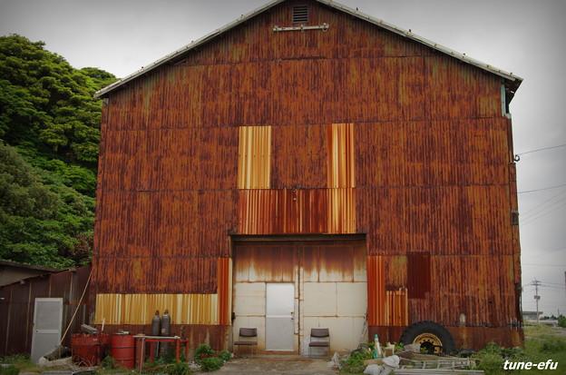 Photos: トタン倉庫
