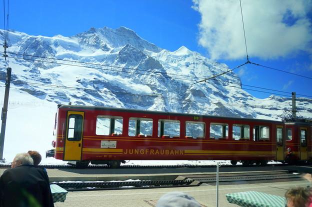 クライネシャイデック 登山列車