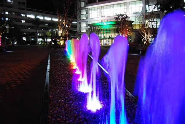 夜の「橘公園噴水広場」3