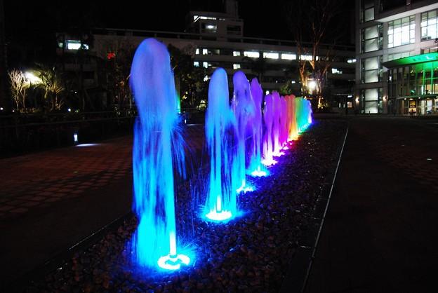 夜の「橘公園噴水広場」1
