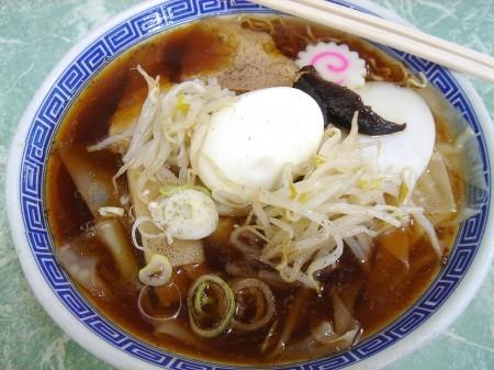 「福寿」の五目ワンタン麺