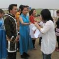 写真: モンゴルの民族衣装