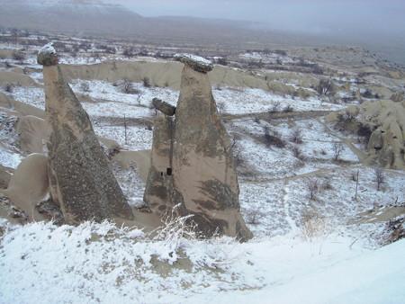 雪のカッパドキア