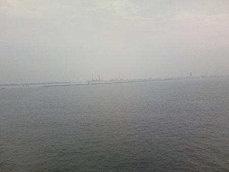 遠くに見える新潟の街