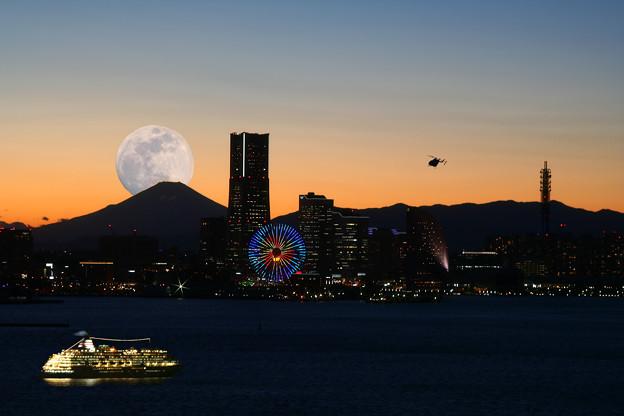 big-pearl Fuji