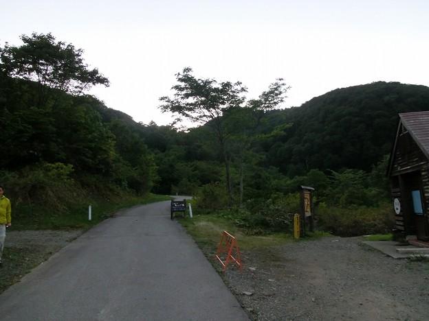 CIMG2682 雨飾山登山口