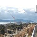 Photos: 滝の茶屋駅から明石海峡大橋を見る