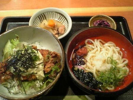 大阪 京橋 コムズガーデン 南や チキン南蛮丼と讃岐うどん