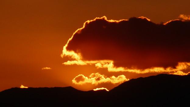ゴジラ雲 P1320874