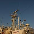 写真: 海上保安庁の船