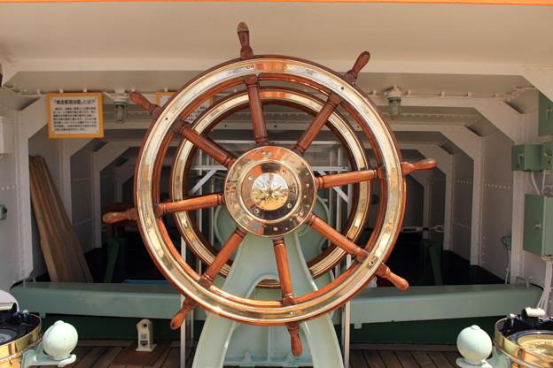 写真: 海王丸 舵輪