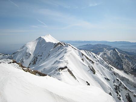 弥山から望む剣ヶ峰2