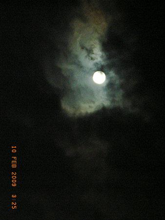 弥生、満月